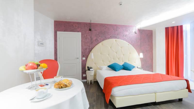 LBH-Hotel-Vespasiano-rome-junior-suite-326